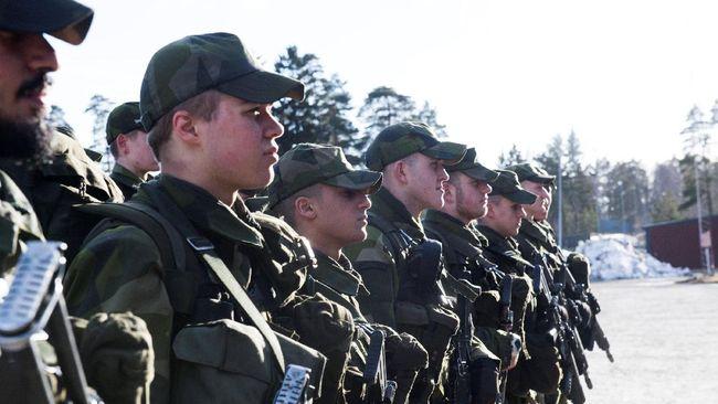 Swedia akan memberlakukan kembali wajib militer untuk mengatasi masalah kekurangan personel di tengah ketidakpastian situasi keamanan di kawasan.