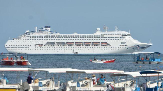 Menteri Pariwisata Arief Yahya mengatakan kalau berpesiar ke Indonesia jauh lebih menguntungkan, karena ada diskon bagi kapal pesiar yang bersandar.