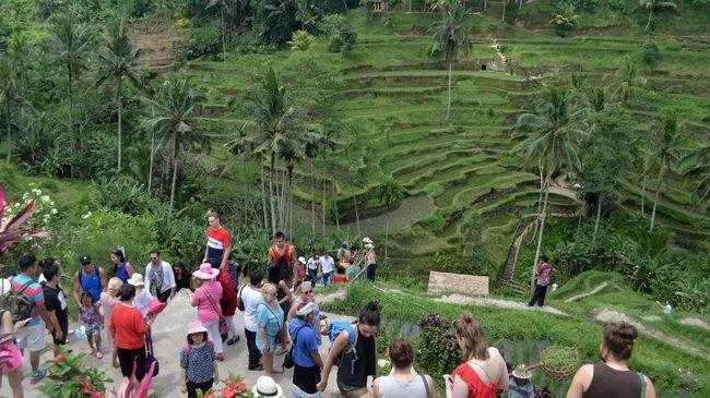 Ekowisata adalah segala aktivitas wisata yang memiliki tanggungjawab kepada alam, masyarakat, dan lingkungan sekitar.