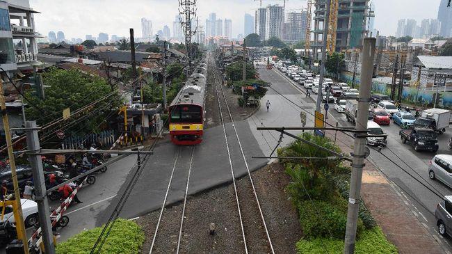 Kemenhub meresmikan reaktivasi jalur kereta api Ciranjang-Cipatat yang berhenti beroperasi sejak 2012 silam.