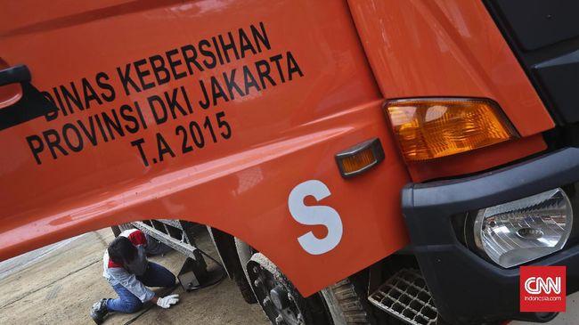 Akibat penyetopan belasan truk sampah DKI oleh Dishub Kota Bekasi, persoalan kerja sama pengelolaan TPST Bantargebang kembali menyeruak ke permukaan.