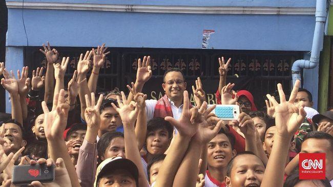 Dua kelompok relawan Jokowi, Satria Piningit Nusantara dan Pemuda Jokowi menyatakan dukunganya pada Anies Baswedan di Pilkada DKI Jakarta.