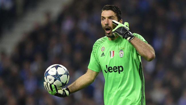 Banyak yang memprediksi Zlatan Ibrahimovic dan Cristiano Ronaldo bakal jadi bintang pada laga Coppa Italia AC Milan vs Juventus.