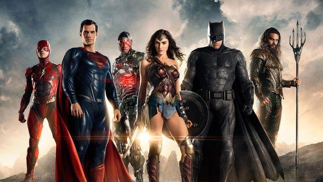 Sutradara Zack Snyder mengonfirmasi bahwa Justice League versinya alias Snyder's Cut akan berdurasi empat jam dan tak akan jadi serial.