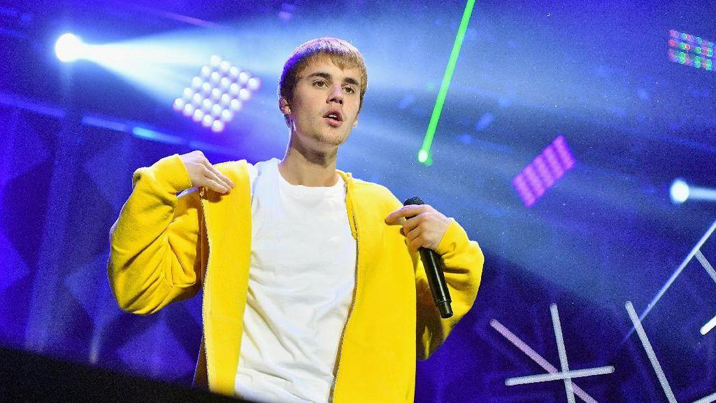 Justin Bieber Akui Stres & Minta Maaf Batal ke Asia