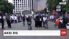 Ratusan Pedagang Kaki Lima Raup Untung dari Aksi 313