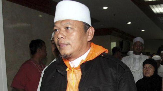 Tim 11 Ulama Alumni 212 mengklaim umat Islam masih kecewa dengan Jokowi. Tim ini membahas kriminalisasi terhadap Rizieq Shihab saat bertemu Jokowi di Bogor.