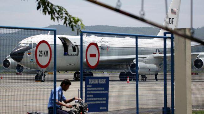Ketua INACA Denon Prawiraatmadja akan membahas aturan larangan dan batasan impor onderdil pesawat.