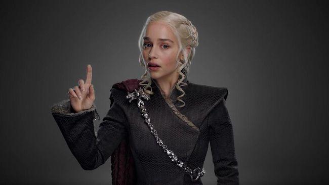 Jelang pemutaran serial musim ke-7, HBO beri bocoran kostum terbaru para tokohnya yang dianggap banyak jiplak busana koleksi berbagai pekan mode tahun ini.