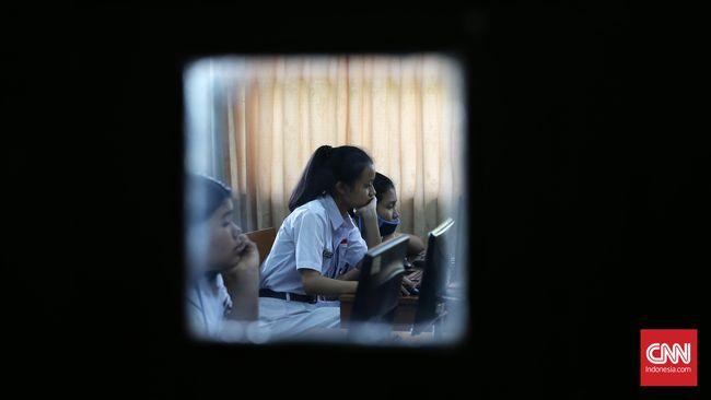 Dikotomi Lembaga Berbasis Agama dan Full Day School