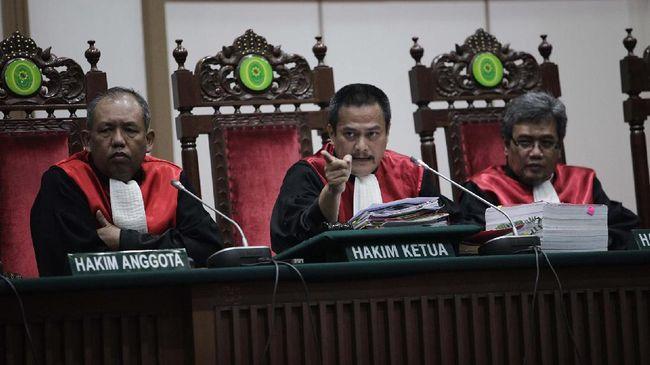 Calon hakim agung yang juga Ketua Bawas MA Dwiarso Budi Santiarto mengklaim penurunan vonis di tingkat banding hanya 8 persen dari total kasus.