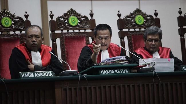 Marak Sunat Vonis, Eks Hakim Kasus Ahok Klaim Cuma 8 Persen