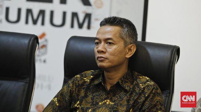 Komisioner KPU Wahyu Setiawan digelandang KPK ke Rutan Guntur pada Jumat (10/1) pukul 1.23 WIB.