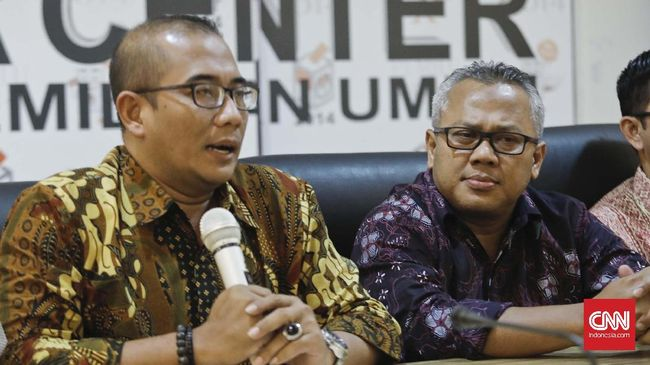 Komisioner KPU Hasyim Asy'ari mengatakan ada 28 sengketa pilkada tingkat kabupaten/kota di Mahkamah Konstitusi.