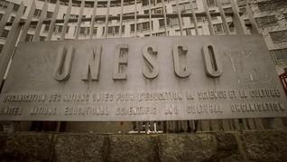 UNESCO Tetapkan Pantun Jadi Warisan Budaya Indonesia-Malaysia