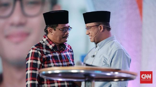 Meski sama-sama bersaing dalam Pilkada DKI Jakarta, pasangan Anies-Sandi dan Ahok-Djarot ompak mengirim pesan damai untuk proses piemilihan putaran kedua.