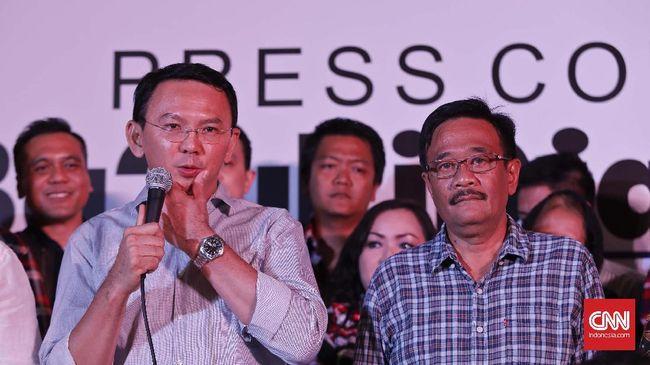 Ahok dan Djarot mengucapkan belasungkawa atas wafatnya Sekda DKI Jakarta Saefullah. Sosok yang rajin dan pekerja keras, menurut mereka.