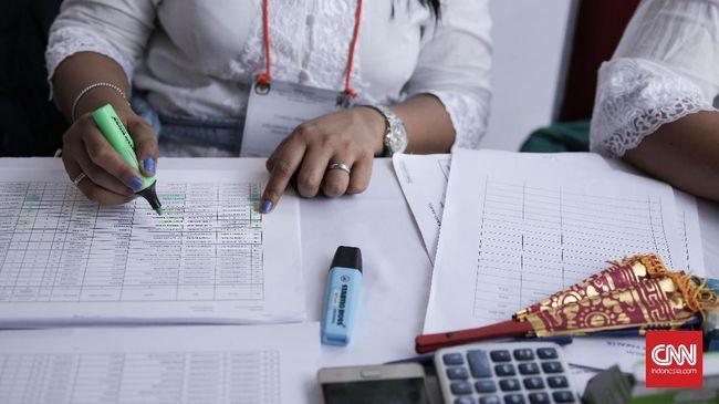 Sejumlah LSM yang tergabung dalam Koalisi Masyarakat Sipil menemukan 708 kesalahan dalam proses rekapitulasi KPU. Kesalahan itu merugikan paslon 01 dan 02.
