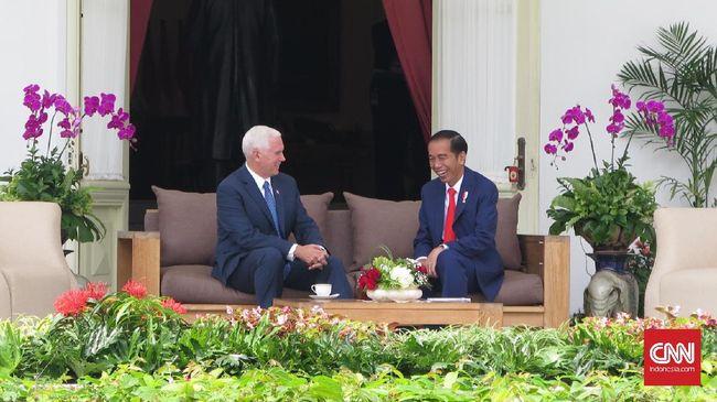 Pengamat dari Eurasia Group menganggap kunjungan Wapres AS Mike Pence ke Jakarta terfokus pada masalah ekonomi setelah Amerika Hengkang dari TPP.
