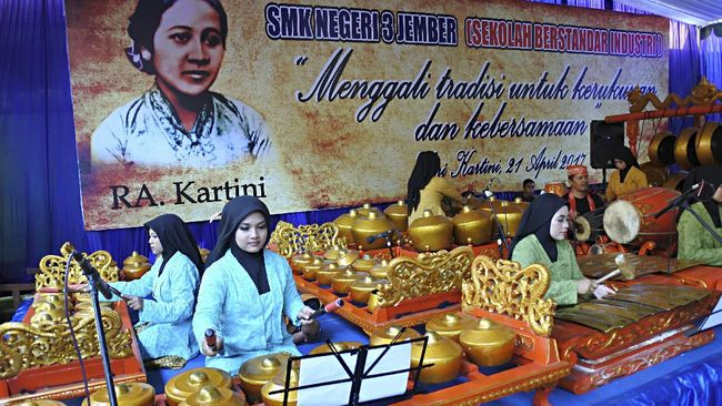 Perjuangan Kartini sejak 140 tahun lalu membawa banyak perubahan untuk perempuan Indonesia. Perempuan kini bisa menjadi apa saja.