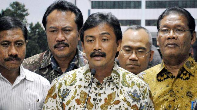 Sekretaris Majelis Tinggi Partai Demokrat Andi Mallarangeng mencibir Moeldoko yang tersangkut dalam isu kudeta pendongkelan AHY dari jabatan Ketua Umum Partai.