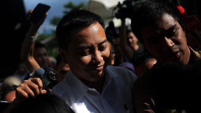 Fayakhun Andriadi, politikus Golkar, mengaku berhubungan dengan pemain proyek di Bakamla karena dikenalkan oleh seniornya, TB Hasanuddin.