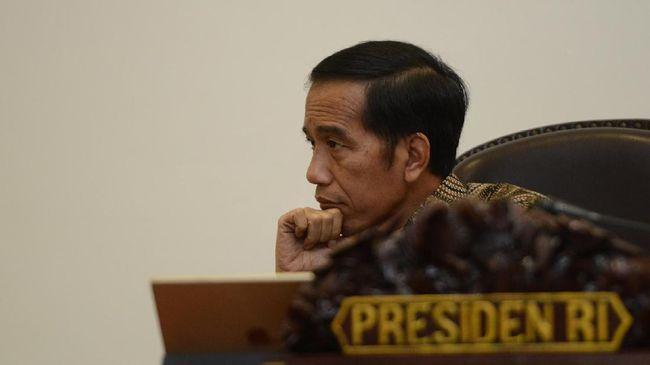 Presiden Jokowi mengeluhkan inklusi keuangan RI yang lebih rendah dari beberapa negara ASEAN.