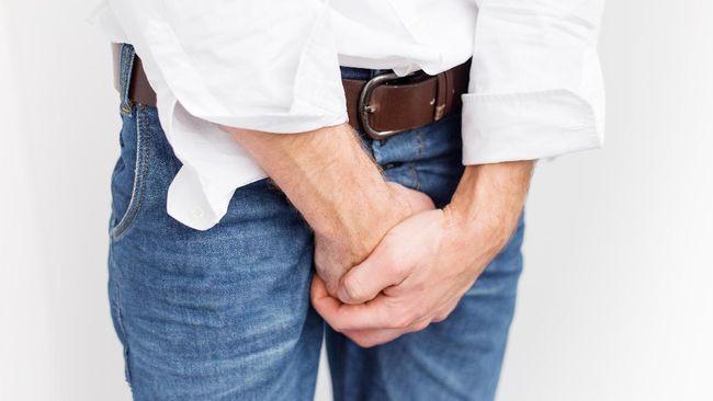 Moluskum kontagiosum lebih dikenal dengan istilah jerawat genital yang merupakan salah satu jenis penyakit kulit yang cukup mengganggu.