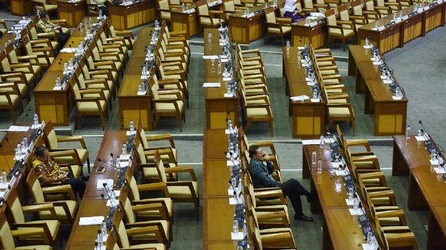 DPR diminta tetap menggunakan sistem proporsional terbuka berdasarkan calon legislatif dengan suara terbanyak yang diberikan oleh pemilih.