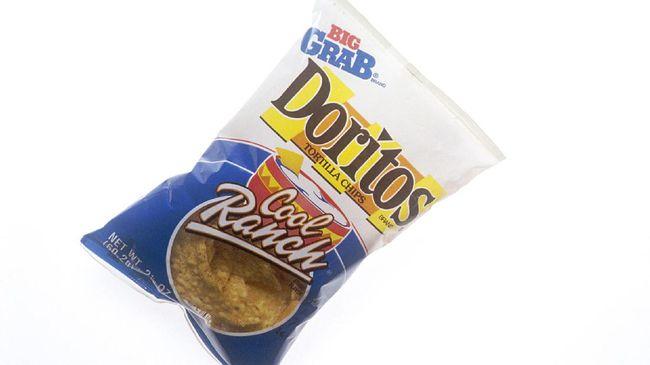 Makanan ringan Lays, Doritos, dan Cheetos berhenti produksi di Indonesia mulai Agustus 2021 seiring dengan aksi akuisisi Indofood terhadap Fritolay.