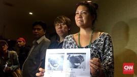 Amuk Melanie Subono Lihat Anak Harimau Jadi Peliharaan