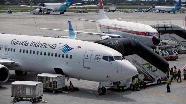 PT Garuda Indonesia (Persero) Tbk menilai aturan tarif batas atas (TBA) harga tiket pesawat bisa turun jika komponen biaya susut 10 persen.