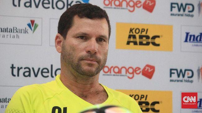 Manajemen Persipura Jayapura akan segera mengumumkan pelatih asing baru untuk menggantikan Osvaldo Lessa yang kontraknya tidak diperpanjang.