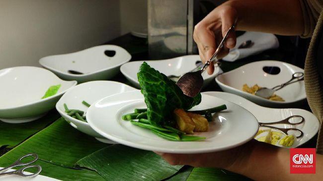 Sepertiga sisa makanan menjadi sampah. Dengan kondisi begitu, ada baiknya jika Anda mengolah makanan sisa daripada membuangnya.