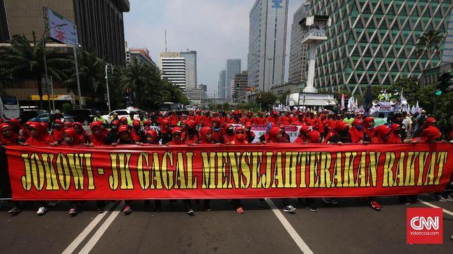 Buruh di seluruh Indonesia akan menggelar aksi menuntut Presiden Jokowi mencabut Perpres Tenaga Kerja Asing karena dianggap merugikan pekerja lokal.