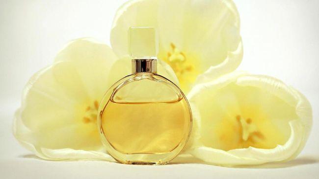 Merasa pusing akibat mencium aroma menyengat dari parfum atau produk kimia dengan wewangian? Bisa jadi Anda alami sindrom sensitivitas kimia.
