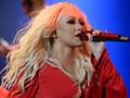 Tawarkan Nyanyi Bareng, Christina Aguilera Ditolak Band Lokal