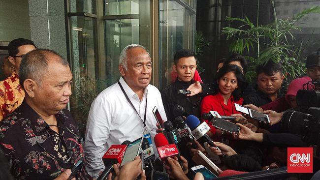 Eks Ketua KPK Taufiequrachman Ruki mengaku dua minggu lalu dapat informasi dari jaringannya bahwa Eddy Sindoro ingin menyerahkan diri ke KPK.