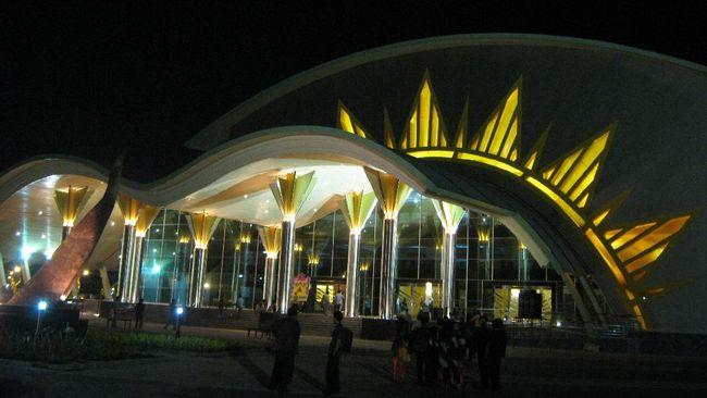 Muhammadiyah mengeluhukan suara sumbang terkait RUU Terorisme. Bahkan ada pendapat yang menyebut memperlambat RUU Terorisme adalah pendukung teroris.