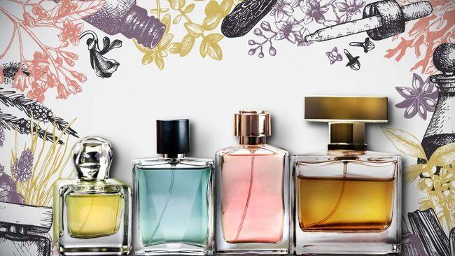 Mengetahui perbedaan parfum, eau de toilette (EDT), dan cologne (EDC) berguna agar Anda menggunakan wewangian yang tepat di acara tertentu.