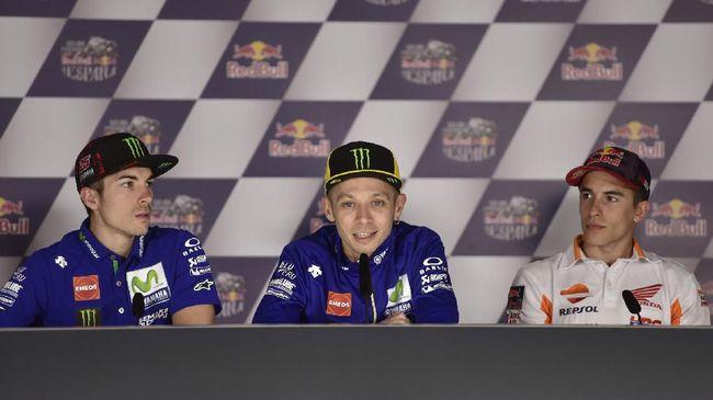Legenda grand prix motor asal Italia, Giacomo Agostini, mengatakan Valentino Rossi tak punya teman pebalap asal Spanyol. Rossi kerap bermasalah dengan mereka.
