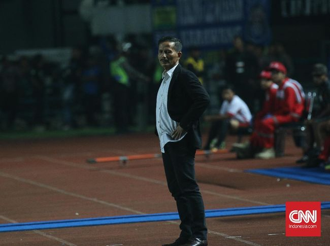 Djadjang Nurdjaman menceritakan kisah saat menjadi juara sebagai pemain dan pelatih di Persib.