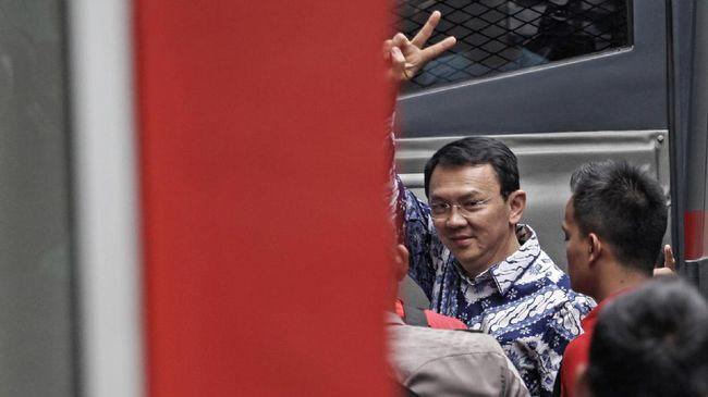 PN Negeri Jakarta Utara sudah menerima berkas pencabutan banding dan akan diteruskan ke Pengadilan Tinggi DKI Jakarta. Kasus Ahok dinyatakan inkrah.