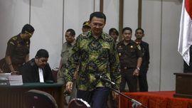Ahok Mundur sebagai Gubernur Jakarta untuk Redam Gejolak