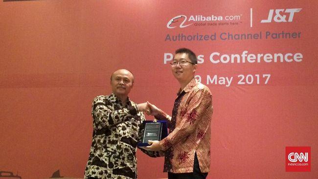 Layanan konsultasi J&T Alibaba didirikan. Ia tawarkan keanggotaan bernilai puluhan juta rupiah agar UKM Indonesia bisa tampil di laman depan Alibaba.