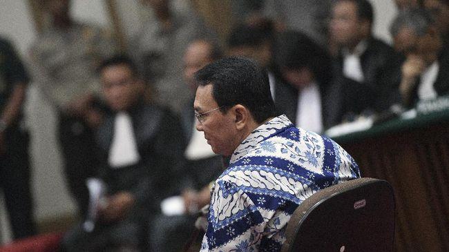 Kasus penistaan agama yang menyeret Ahok menjadi sorotan internasional. PBB bahkan mendesak Indonesia untuk meninjau ulang hukum yang menjerat Ahok.