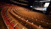 Opera House Sydney tengah menjalani renovasi pertama kalinya sejak dibuka pada 1973 silam. Seperti apa di balik kegagahan salah satu ikon Australia ini?