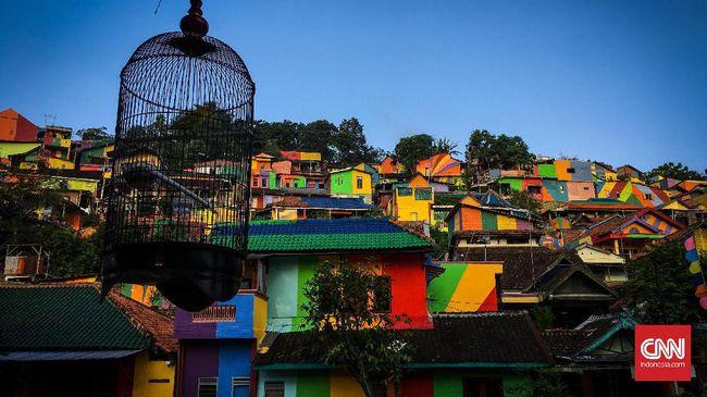 Sebanyak 100 rumah warga di Pelabuhan Tengkayu II, Tarakan, akan dicat warna-warni demi menarik minat kunjungan turis ke Kalimantan Utara.