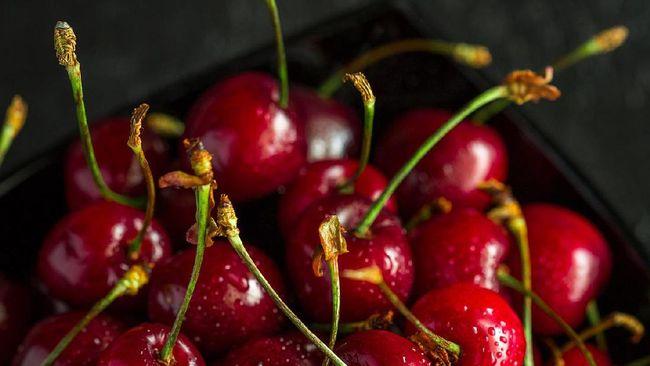 Terdapat ragam manfaat dari buah ceri, mulai dari membantu redakan gejala radang sendi dan asam urat hingga menurunkan berat badan.