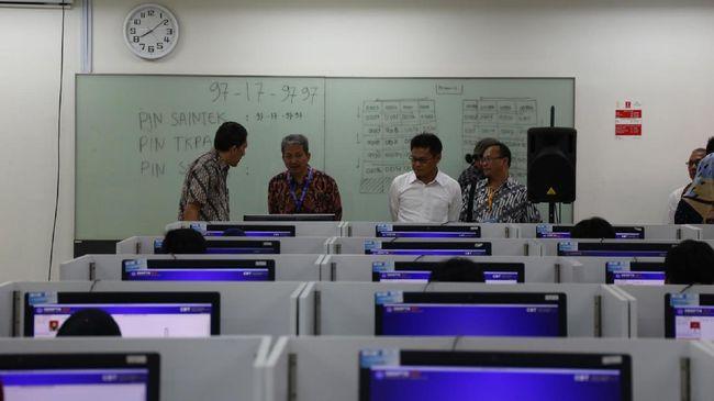 Batas waktu finalisasi Pangkalan Data Sekolah dan Siswa (PDSS) untuk SNMPTN 2021 diperpanjang hingga Rabu (10/2).